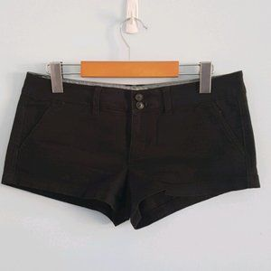 American Eagle black twill short shorts